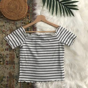 SHEIN White & Black Ribbed Striped Crop Top